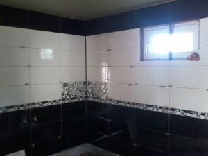baie negru alb cu brau