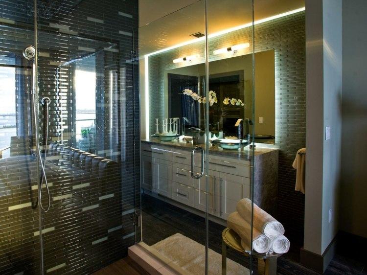 baie de lux moderna amenajata