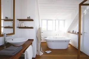 baie lemn cu alb