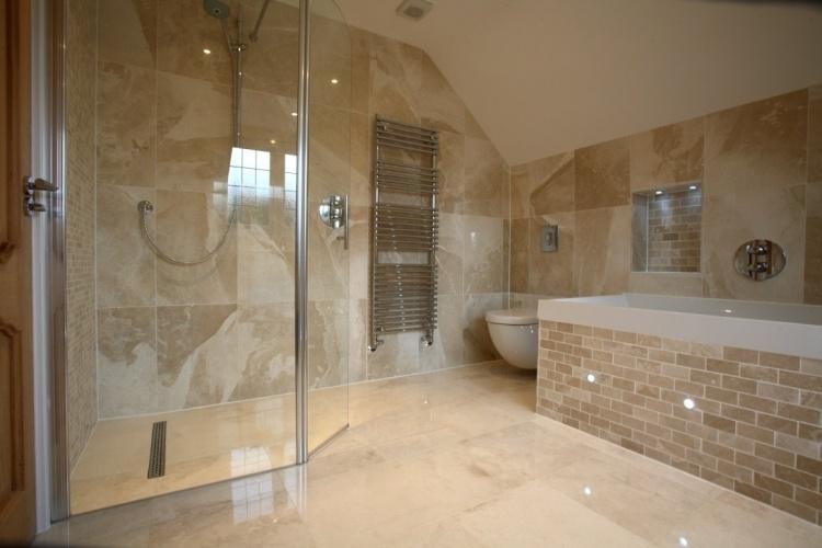 Bai moderne amenajate cu dusuri din sticla for Bathroom ideas uk 2015