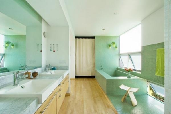 baie verde alb parchet lemn
