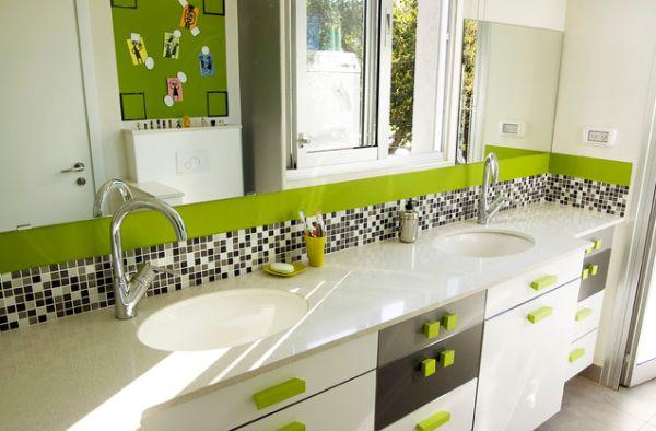 verde alb baie copii