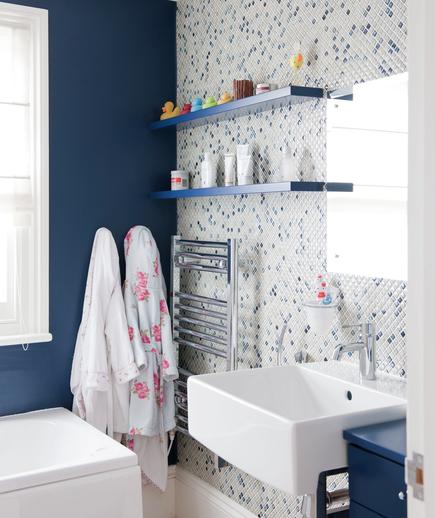mozaic alb albastru