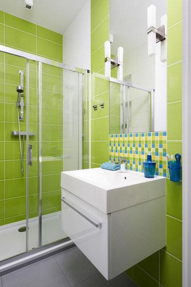 verde si alb in baie