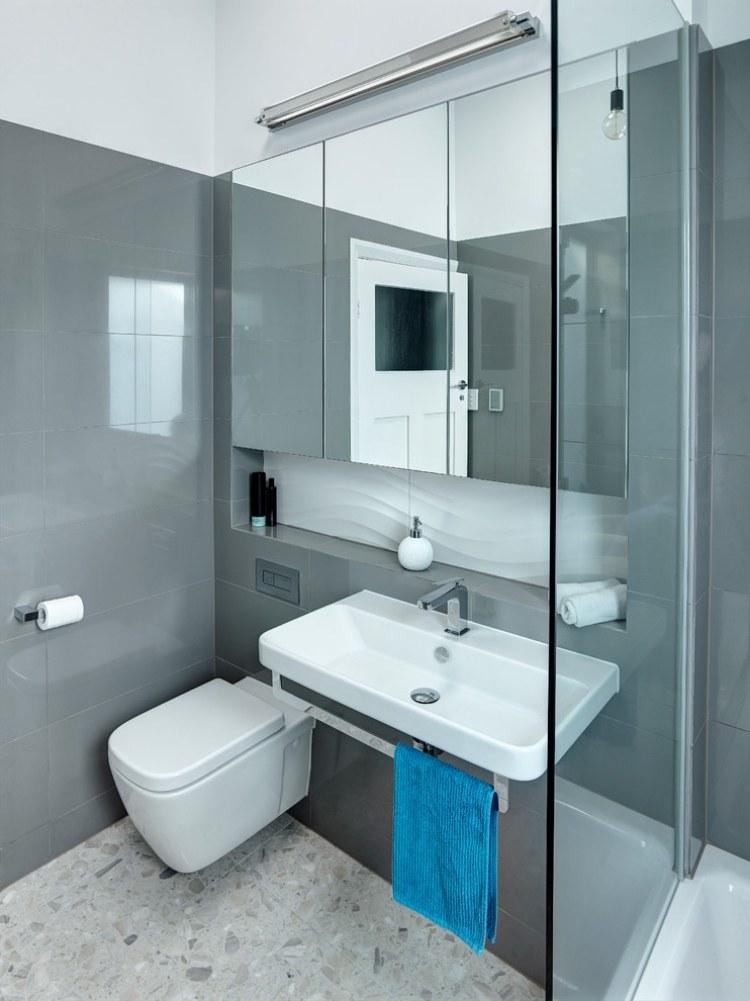 moderna baie gri negru