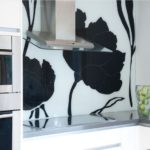 Sticla decorativa in bucatarie